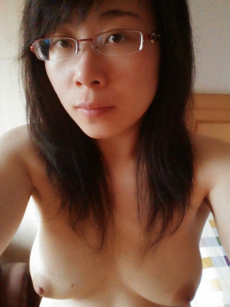 亚洲私人裸体照片泄露(56)